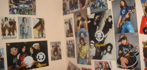 O poveste despre fericire si postere pe perete