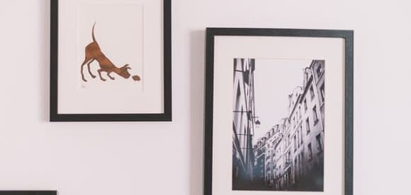 Cum asez tablouri pe perete in locuinta mea?